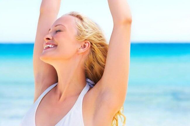 Under arms hair removal treatment